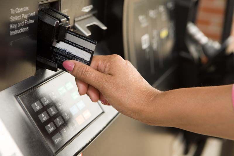 Rút tiền mặt thẻ tín dụng credit card Sacombank MasterCard