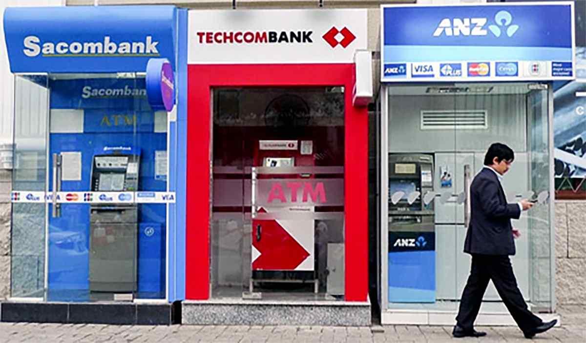 Hướng dẫn cách dùng thẻ ATM - Gửi tiền tiết kiệm
