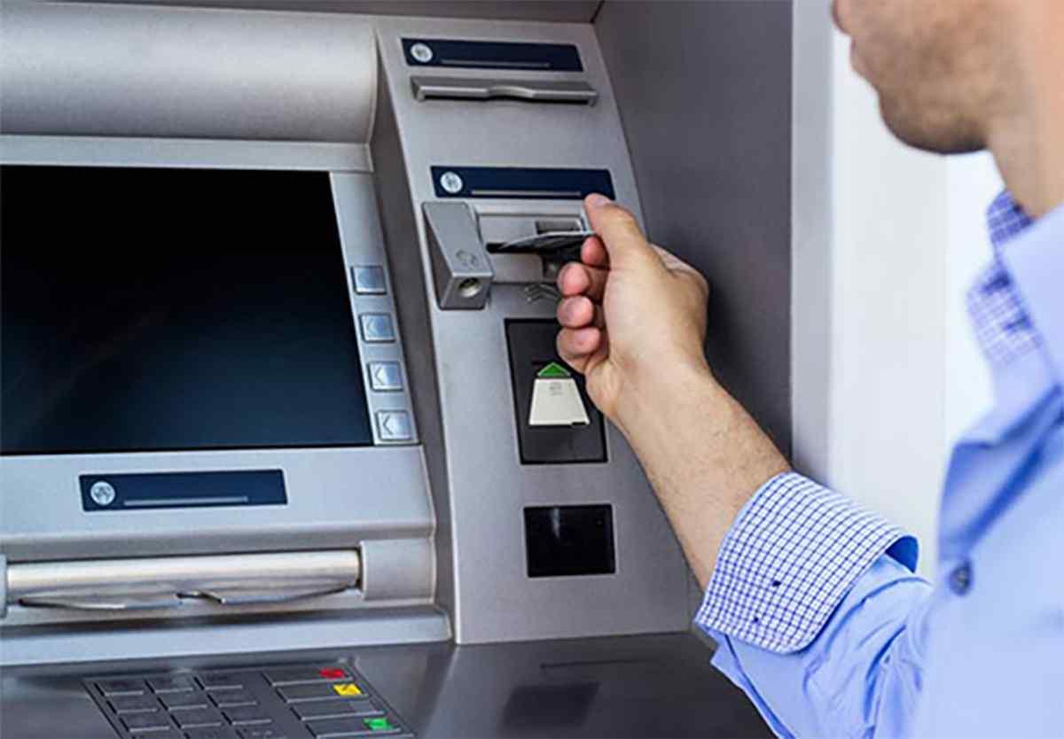 Một số lưu ý khi rút tiền tại cây ATM