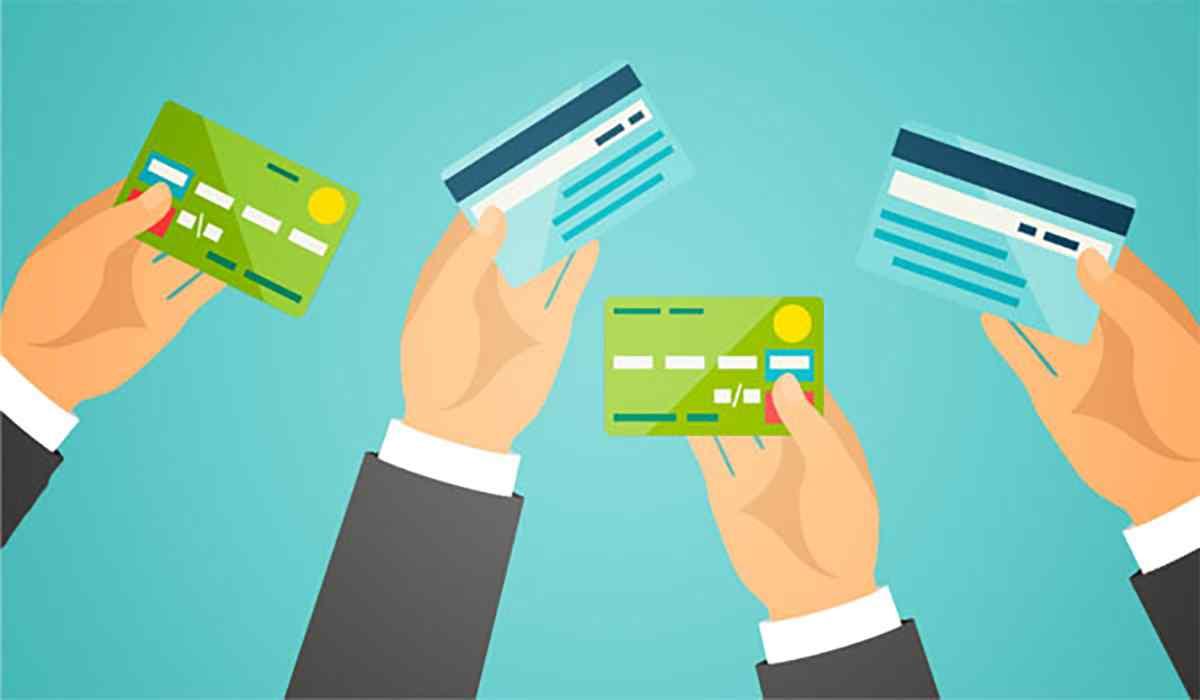 Thu nhập để mở thẻ tín dụng ngân hàng