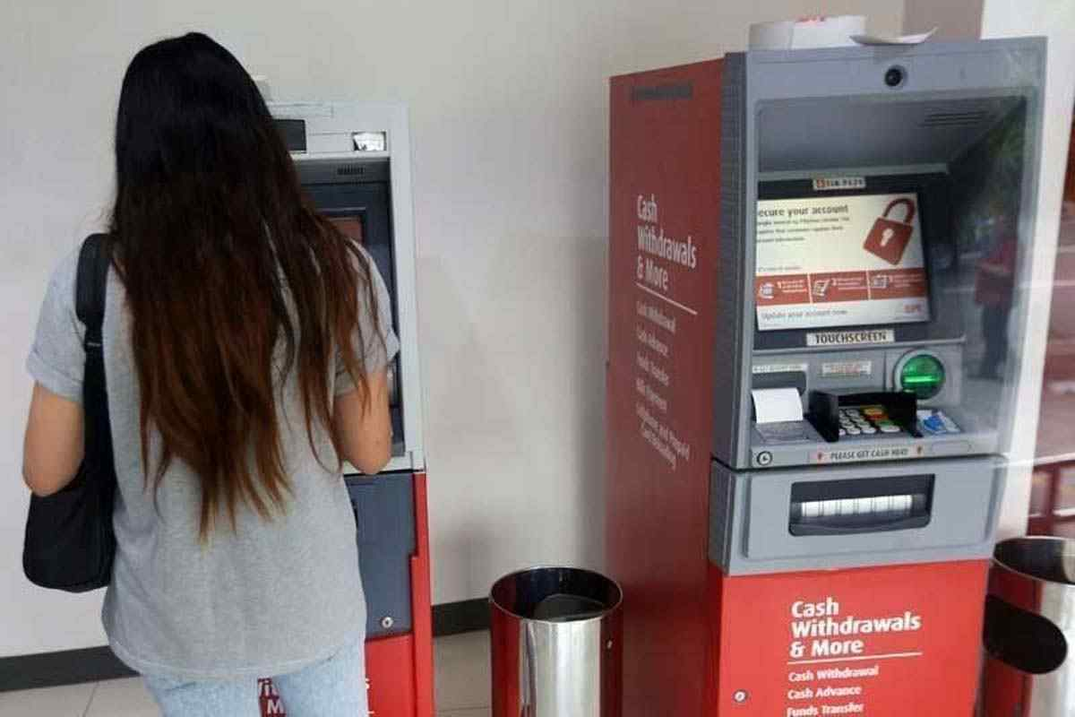 Làm gì khi atm không nhả tiền tài khoản vẫn bị trừ