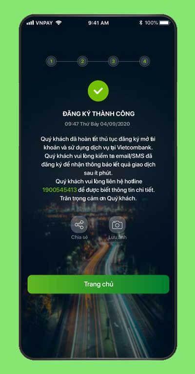 Ngay sau khi đăng ký thành công, Vietcombank sẽ gửi tin nhắn SMS thông báo số tài khoản và mật khẩu kích hoạt dịch vụ