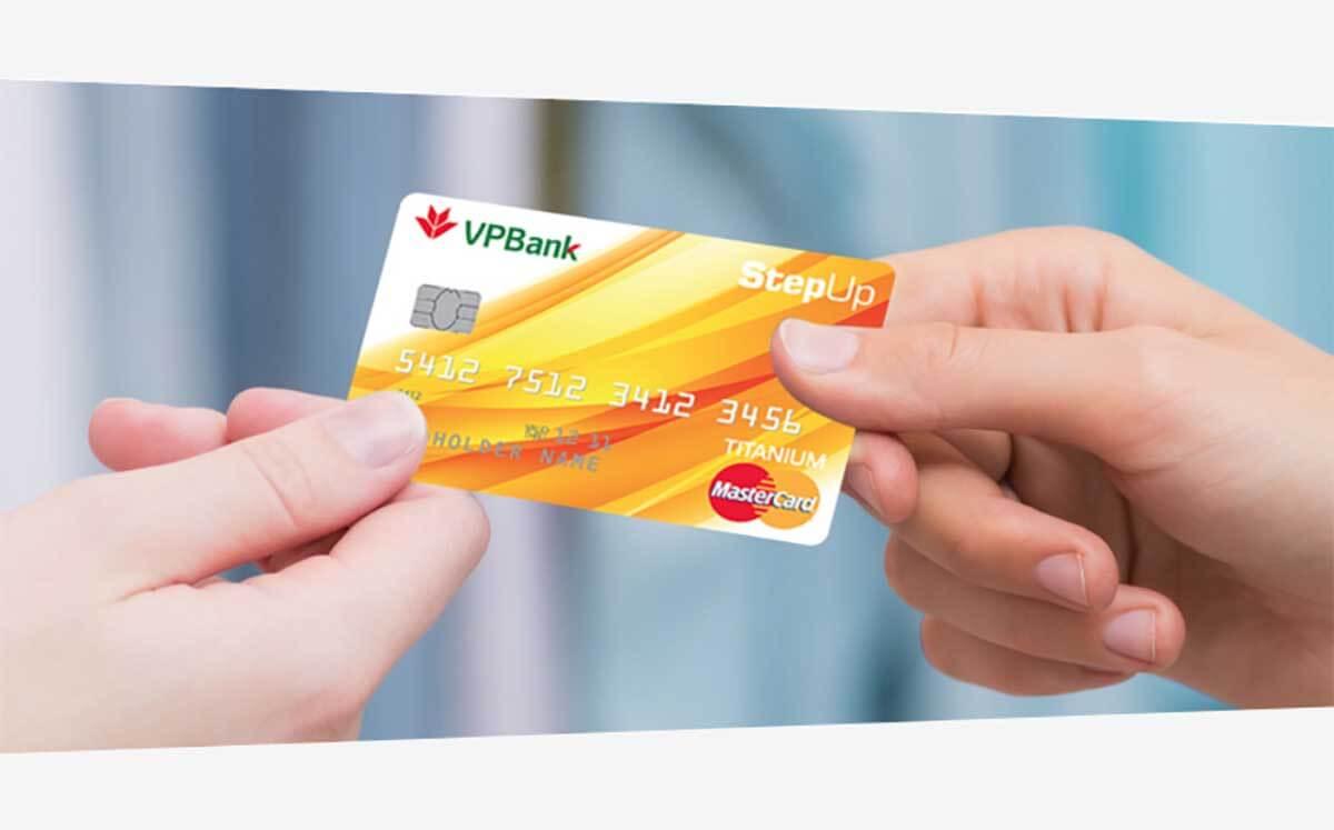 Thẻ tín dụng VPBank StepUP – thẻ  hoàn tiền thu nhập trung bình